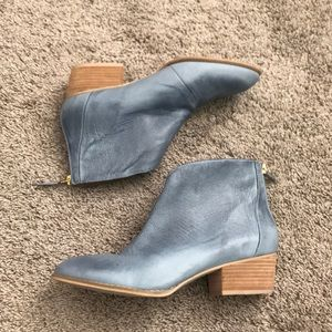 NINE WEST Blue Leather Ankle Booties NWT